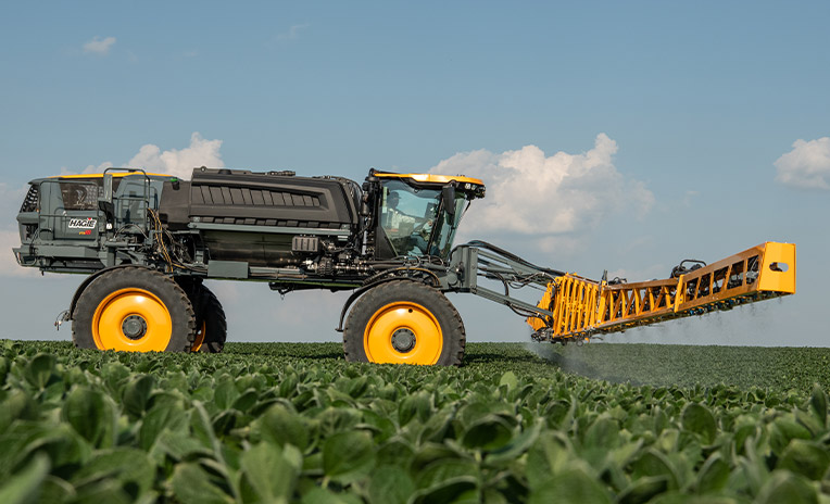 STS16 Hagie Sprayer in the field